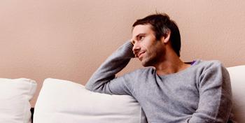 Ноющая боль в яичках у мужчин не оставляйте ее без внимания