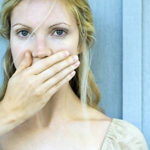 Белые выделения с кислым запахом